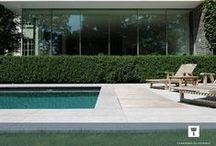 La pierre bleue en été / Période propice pour profiter de son jardin et de sa terrasse. La saison estivale donne un coup de projecteur aux aménagements extérieurs en pierre bleue