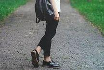 Black Pants Outfits / 黒パンツと合わせると「落ち着きのある大人」っぽい印象に。便利でアレンジしやすいので参考にしてください