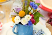 FOR THE TABLE / Table decorations, settings, cutlery, dishes, etc.