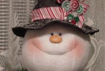 JUST SNOWMEN / Love snowmen! This is chuck full of them; out of wood, clay, cloth, on ornaments, porches and pictures.