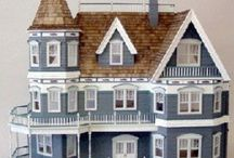 DOLL HOUSES / I love miniatures. Anything tiny and detailed is so amazing to me. I would love to put together an elaborate doll house, but my patience would not permit such a project.