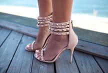 I just loove heels