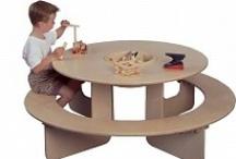 Kinderhoek in de winkel / Een kinderhoek in uw winkel zorgt voor rust in uw winkel. Speeltafelwinkel.nl heeft kleine en grotere speelmeubels zodat ook uw kleine klanten zich goed kunnen vermaken.