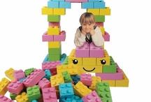 Inrichten kinderdagverblijf / Speeltafelwinkel.nl heeft kwalitatieve en unieke speelmeubels voor kinderdagverblijf en peuterspeelzaal.