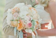 Bouquet / Wedding bouquet and flower decor