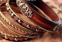 Ali - J E W E L - Bracelets