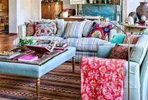 FRIDA / Frida Khalo hace de inspiración en nuestro hogar. http://horasdluz.com/ideas-para-decorar-tu-casa-online/