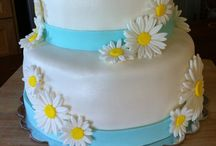 Sweet Somethins' Cakes & Cupcakes / Cakes & cupcakes for any occasion.   Homemade using only the freshest ingredients!!