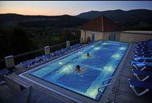 NeptunsReich / Im NeptunsReich, unserem angebauten Hoteltrakt, empfängt unsere Gäste eine eigene Welt. Alles ist sanft und heiter des Neptuns phantastischen Wasserwelten nachempfunden!