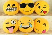 E m o j i s / Emojis are awesome!
