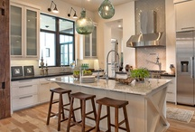 kitchens / by Michelle Rodriguez