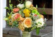 StrayCat Weddings / Shan & Owen ~ juicy bright & fresh from the garden bouquet.
