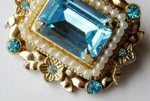 Jewelry / by Mayela Salazar