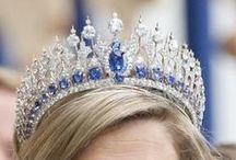 Jewellry :  Royal Tiara & Crown