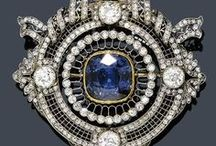Jewellry : Brooch & Pin