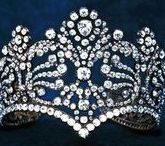 Jewellry : Crown & Tiara