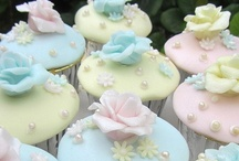 Cupcakes / Check out my: Cakes - Decorated, Cakes - Wedding,  and Recipes & Food Tips boards