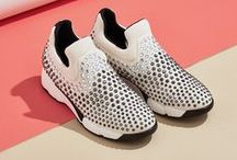 SHINE BABY SHINE sneakers / It's time for some elegant shine, and there's no need to forget comfort. PINKO presents its latest collection of jewel sneakers that look great at any time of day.