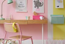 Studio\Office ideas / Creativing a workspace that works for me - needs to me good for sewing, crafting, blogging, working, writing and making cups of tea!