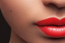 Beauty/ Makeup / by Lezlie Barlow