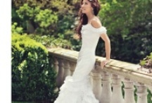 Wedding Dresses/Shoes / by L Fish