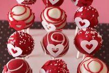 Cake Pops / by Sue F B