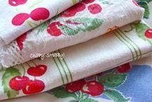 Vintage Tablecloths, Linens