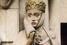 """Uta von Ballenstedt / Ein It-Girl. Mit einer bewegenden Geschichte. Nur eben über 1000 Jahre alt. Für die Ewigkeit in Stein gehauen vom """"Naumburger Meister"""". Wunderschön..."""