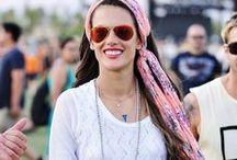 Complementos / Vuelve la moda de los complementos en la cabeza: pañuelos, turbantes, cintas y un largo etcétera.  #hair #complements #diadem