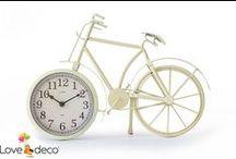 Επιτραπέζια ρολόγια / Διακοσμήστε το κομοδίνο ή οποιοδήποτε έπιπλο σας με ένα ιδιαίτερο ρολόι! http://www.lovedeco.gr/c.Epitrapezia-Rologia.177014.html