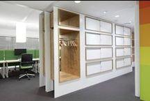 Opbergmeubilair / Storage furniture / Ondanks de beweging richting het papierloze kantoor zijn opbergmeubelen niet weg te denken uit het kantoor.  ROHDE & GRAHL biedt daarom een groot assortiment jaloeziedeurkasten, draaideurkasten, schuifdeurkasten, ladenblokken en archiefsystemen aan.