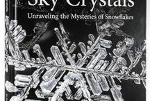 "Don Komarechka_Sky Crystals / Don Komarechka is a nature, macro and landscape photographer located in Barrie, Ontario, Canada.  Photographing snowflakes in flight, published the book ""Sky Crystals: Unraveling the Mysteries of Snowflakes"". The culmination of years of photography and study of snowflakes, this 304-page hardcover book is detail the science, photography and techniques, and even delve into why we find snowflakes beautiful. https://skycrystals.ca/product/sky-crystals-unraveling-the-mysteries-of-snowflakes-book/"