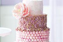 Bolos! / Adoro Bolos artísticos, acho que além de encantar com o sabor, o bolo deve encantar com os olhos!