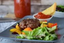 We love Burgers / here you find everything you need to make your own burgers, believe me, selfmade burgers are so much better then fast food burgers you know from Mc Donalds. Easy to make by yourself and just fabulous