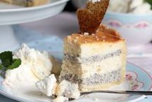 Best Cheesecake recipes from all over the world / I love cheesecakes so much an I love to try recipes from all over the world. German Cheesecake, no bake Cheesecake or the New York Cheesecake. I love them all and pin all these tasty cheesecakes on this pinboard