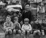Les enfants de Paris en Images / Découvrez notre sélection photographique d'enfants vintage et rétro du paris d'avant.