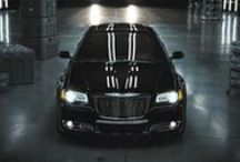 2014 Chrysler 300 / The 2014 Chrysler 300 is comprised of top-notch materials and quality craftsmanship. It is a vehicle with RWD performance, superior handling and maximum road comfort.