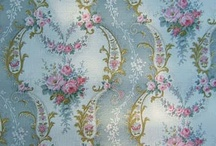 French & Vintage Wallpaper / by Darlene Clement