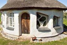 Building an ecohouse / Building ideas for ecological houses and huts, especially in cold climates Ekotalo rakennusideoita #ekotalo, #savitalo, #ekogybb, #cobhouse