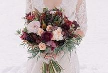 Winter Wedding Bouquets / It takes a very special bouquet to stand out amoungst a magnificent winter landscape! Fortunately, there are lots of options for your winter wedding bouquet!
