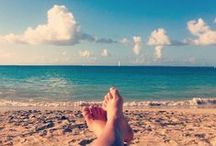 SAAND / With 37 beaches in St. Maarten, the fun in the sun never ends!