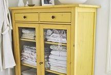 Chest of drawers-Νightstands_Συρταριέρες-κομοδίνα