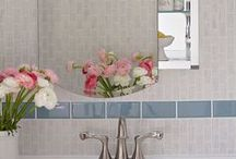 Bathroom / by Gloria Washington
