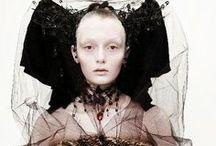 Look: Goth Queen