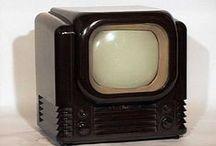 VINTAGE RADIO/TV / by Dennis Nordman
