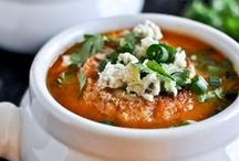 Comforting Soup Recipes / Comforting soups to make when you're craving something hot and delicious. Creamy soups, broth soups, stews, chili, all sorts of light and healthy soups and also rich and comforting creamy soups. Made from scratch.