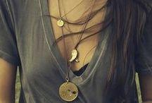B I J O U X / Jewels we love