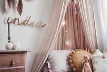 LITTLE GIRL'S ROOM / Inspiration for decorating little girl's rooms.