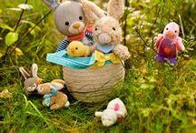 Ostern / Kleine Geschenke fürs Osternest von kleinen Hasen, über hüpfende Küken bis hin zu schönen Bilderbüchern.