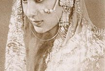 Vintage Indian wedding photos / Beautiful original photographs of Indian weddings in the past.